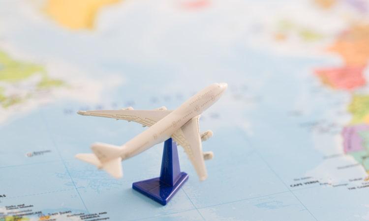 赤ちゃんを海外旅行保険に加入させる方法は