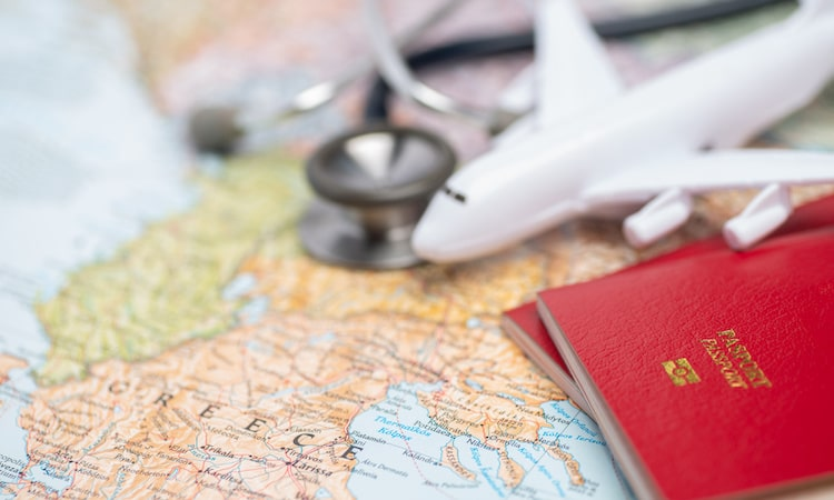 海外旅行保険加入のススメ