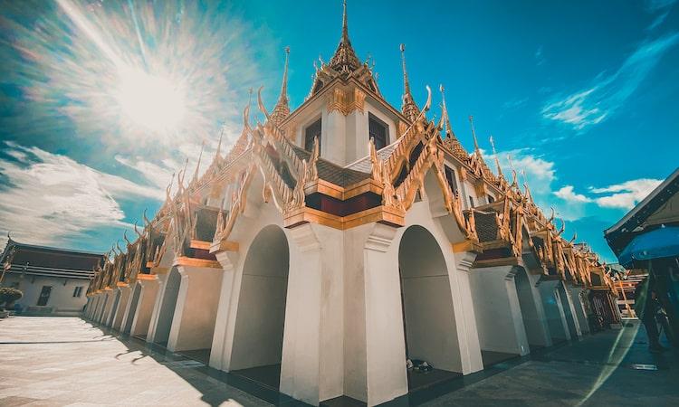 タイへ入国するには海外旅行保険への加入が必須